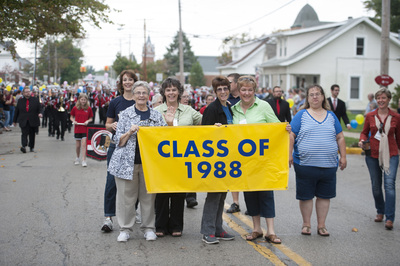 Class of 1988 at the Homecoming Parade